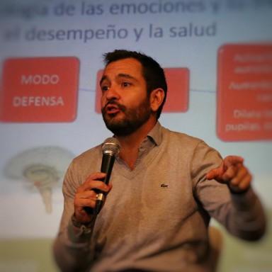 El Lic. Lucas Malaisi, Pte. de Fundación Educación Emocional, brindará herramientas para la gestión de emociones en las aulas.